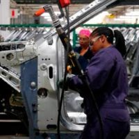 American manufacturing sector contracts fourth month straight